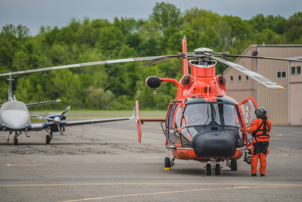 Robles-Photography-United-States-Coast-Guard-Helicopter-65-Dolphin-Morristown-Municipial-Airport10